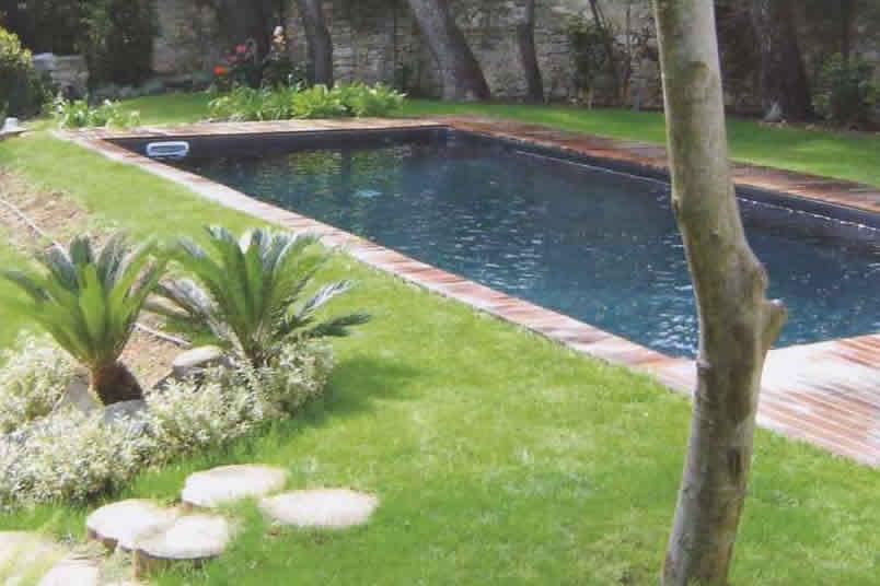 l 39 aventure les piscines caron intuiti inside. Black Bedroom Furniture Sets. Home Design Ideas